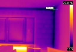 thermografie-schimmelpilzschaeden-014_20130917_1227780231 - Sachverständiger Schimmelpilzbefall Berlin