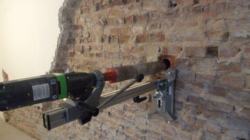 Feuchtemessung nach Wasserschaden in Berlin Moabit