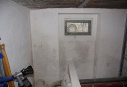 Gutachter Feuchteschäden Berlin - Durchfeuchtete-Kelleraussenwand