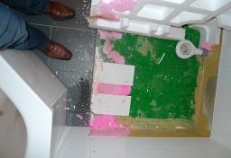 wasserschaden-dusche-01_20130918_1426530020 - Sachverständiger Feuchteschäden Berlin